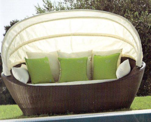 divano-con-cupola